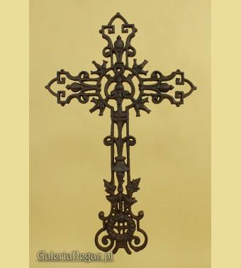 Żeliwny krzyż nagrobkowy