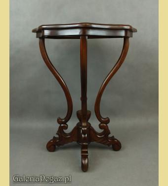 Machoniowy stolik